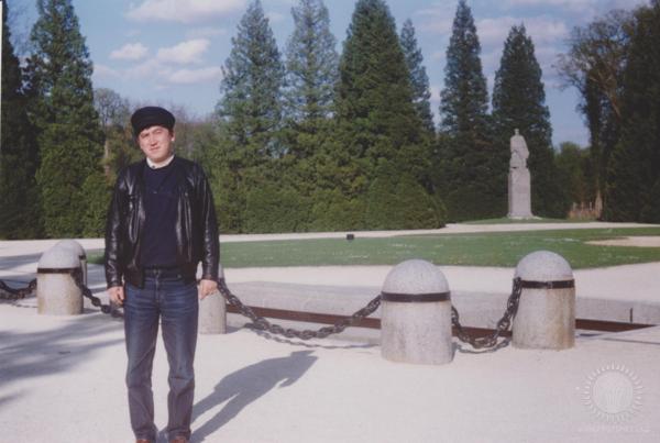 Будат Асанов в Компьенском лесу